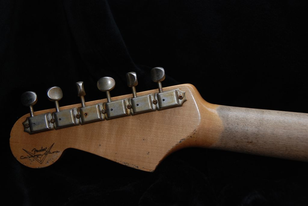 Fender Stratocaster explained and setup guide | fenderguru com